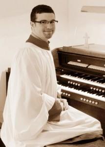 Organist Scott Powell